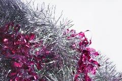 桃红色和银色闪亮金属片背景  免版税库存照片
