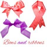 桃红色和紫色弓和丝带 免版税库存照片
