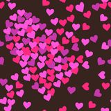 桃红色在黑褐色背景例证的心脏无缝的样式 免版税图库摄影