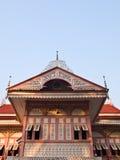 桃红色当代北泰国木议院, Bann Wongburi,  库存照片