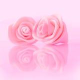 桃红色彩色塑泥玫瑰 库存照片