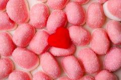 桃红色果冻或蛋白软糖作为背景 免版税库存图片