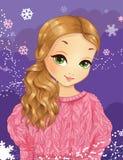 桃红色毛线衣的冬天美丽的女孩 免版税库存照片