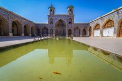 桃红色清真寺在设拉子 免版税图库摄影