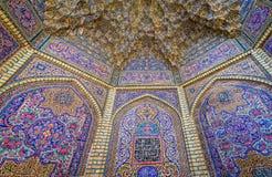 桃红色清真寺在设拉子 图库摄影
