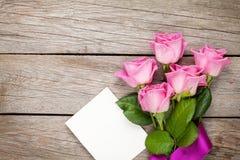 桃红色玫瑰和情人节删去贺卡或照片框架 免版税图库摄影