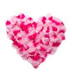 桃红色玫瑰花瓣心脏 免版税库存照片