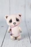桃红色艺术家玩具熊种类一  免版税库存照片