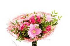 桃红色花美丽的花束。 免版税库存图片