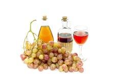 桃红色葡萄和酒 图库摄影