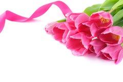 桃红色郁金香花束为华伦泰的或母亲节 免版税库存照片