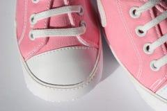 桃红色鞋子 库存图片