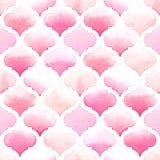 桃红色颜色的Morrocan装饰品在白色背景的 织品的水彩无缝的样式 免版税库存照片