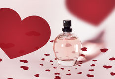 桃红色香水瓶 免版税库存照片