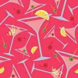 桃红色马蒂尼鸡尾酒样式 免版税库存照片