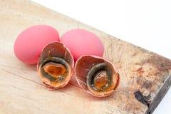 桃红色鸡蛋 免版税库存照片