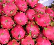 桃红色龙果子 免版税库存照片