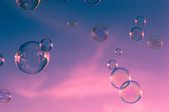 桃红色,蓝天云彩,泡影 免版税库存图片