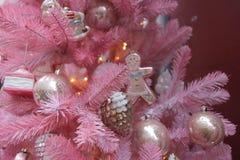 桃红色结构树 免版税库存照片