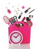 桃红色购物袋和时钟 免版税库存图片