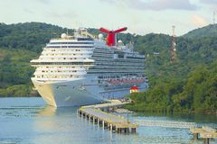 桃花心木海湾全景在Roatan,洪都拉斯 免版税图库摄影