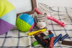 画框玩具儿童儿童球五颜六色的布料概念 免版税库存图片
