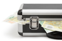 案件接近的货币视图 库存照片