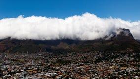 桌山在云彩盖了 免版税图库摄影
