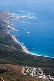 从桌山的美好的海岸线视图 库存图片