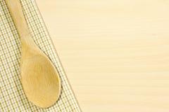 桌布在厨房里 免版税库存图片