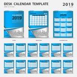 桌面日历2019年模板 套12个月 计划程序 在星期天,星期起始时间 文具设计 登广告者做广告 传染媒介布局 再 库存例证
