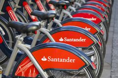 桑坦德自行车聘用Sceme在伦敦 图库摄影