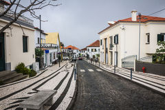 桑塔纳市在马德拉岛 免版税库存图片