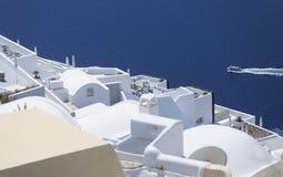 桑托林岛屋顶 免版税库存图片
