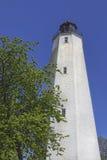 桑迪勾子灯塔,垂直的看法 免版税库存照片