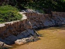 桑迪在主要洪水以后的小河海岸线 库存照片