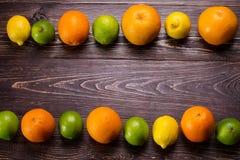 桔子、石灰、葡萄柚和柠檬 库存照片