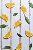 桔子和柠檬切片的样式 免版税库存图片