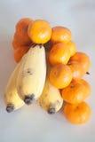 桔子和香蕉 图库摄影
