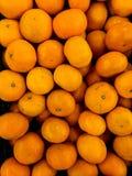 桔子在市场上 免版税库存照片
