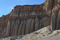 桔子被排行的红色晃动峡谷层状峭壁加利福尼亚 免版税库存照片