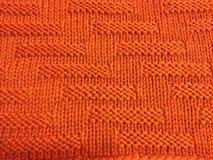 桔子被编织的五颜六色的老婆婆正方形毯子 库存照片