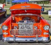 桔子1957年Chevy Bel Air引擎 免版税库存照片