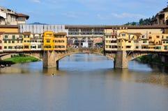 桥梁佛罗伦萨意大利vecchio 免版税图库摄影