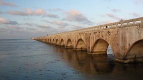 桥梁佛罗里达锁上英里老七 图库摄影