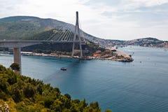 桥梁克罗地亚现代的杜布罗夫尼克市 免版税库存图片