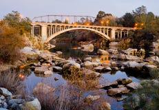 桥梁加利福尼亚folsom彩虹 库存图片