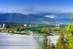桥梁加拿大门狮子 免版税库存图片