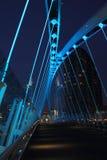 桥梁千年晚上码头salford 免版税库存照片