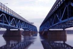 桥梁双 库存图片